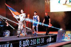 Заслуженный мастер спорта Армении Давид Сафарян: «Знаю точно: тот, кто терпит до конца, превозмогая боль, травмы, сумасшедшие нагрузки, рано или поздно, достигает вершин мастерства»